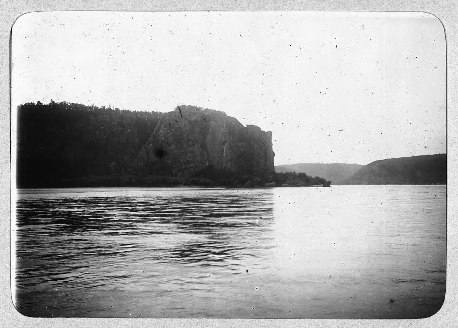 Река Лена выше Витима