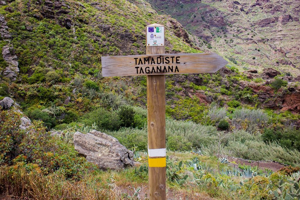 Señal al inicio del sendero de Afur a Taganana