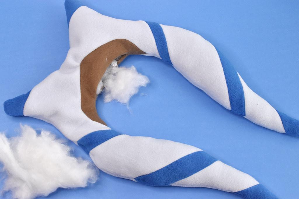 Ahsoka Tano Neck Pillow DIY