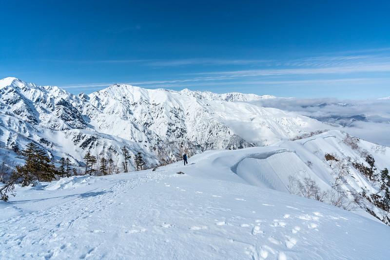 冬の白馬連峰と遠見尾根