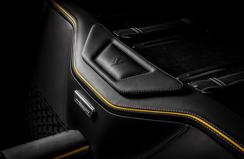 carlex-ferrari-812-superfast-interior-tuning-18