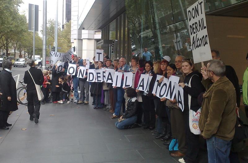 Don't Derail Altona - protest outside 121 Exhibition Street (April 2011)