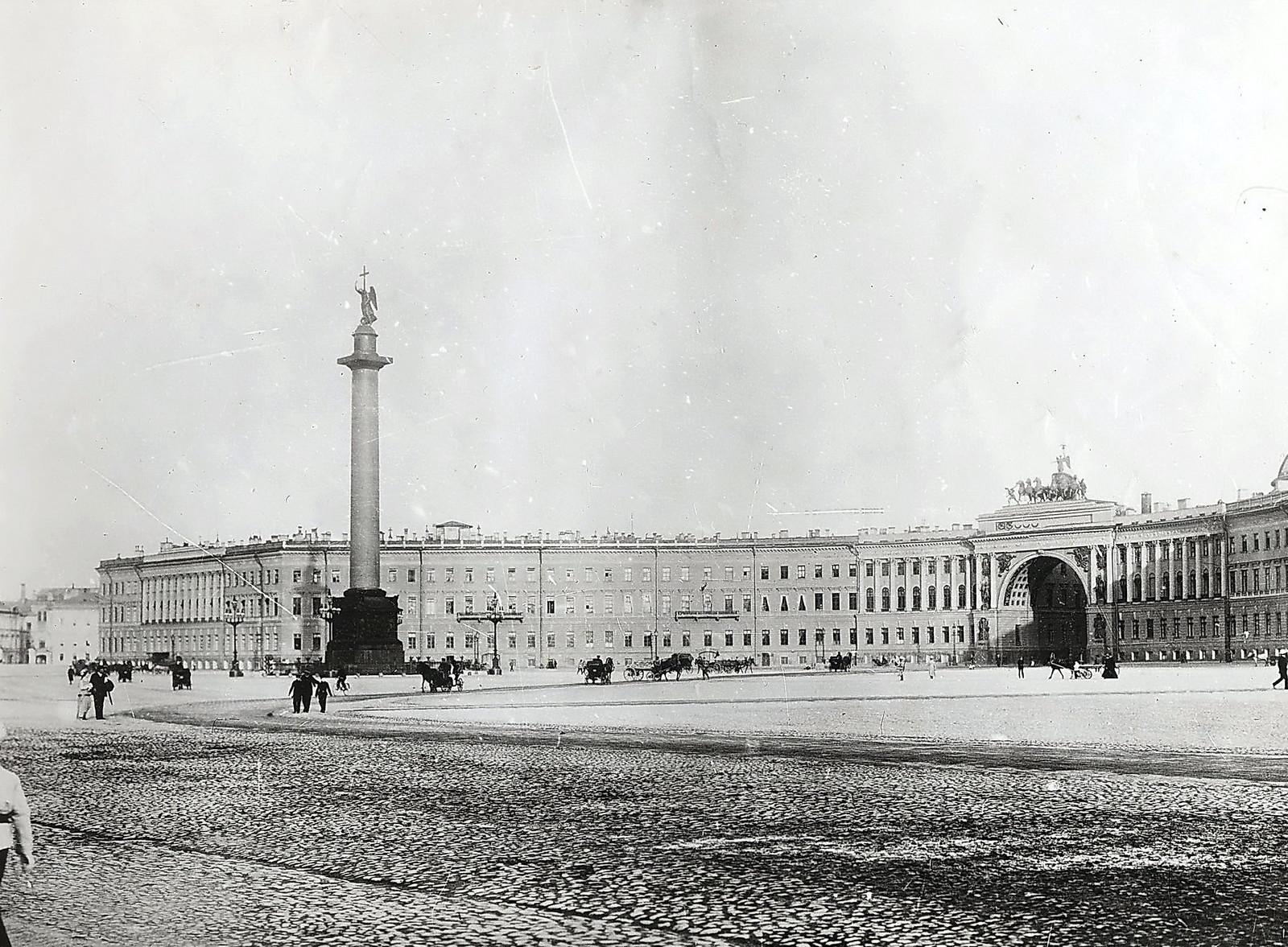 1906. Дворцовая площадь, здание Главного штаба и колонна Александра I (вариант)