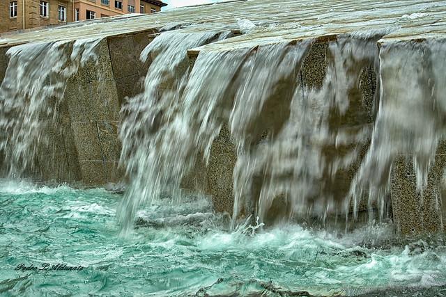 Fuente de la Hispanidad Plaza del Pilar