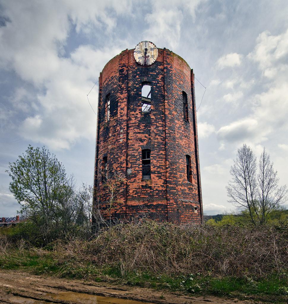 Wasserturm kopflos