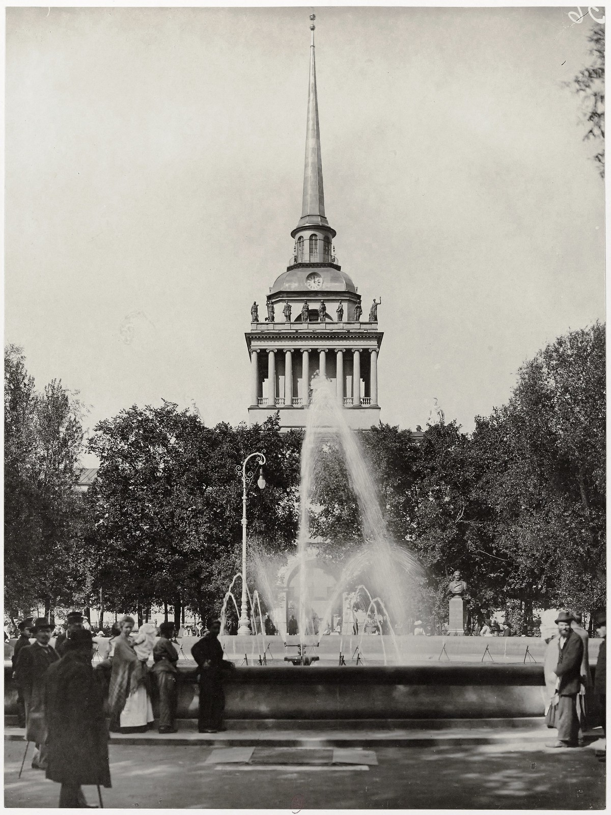 1904. Александровский сад, фонтан, Адмиралтейство