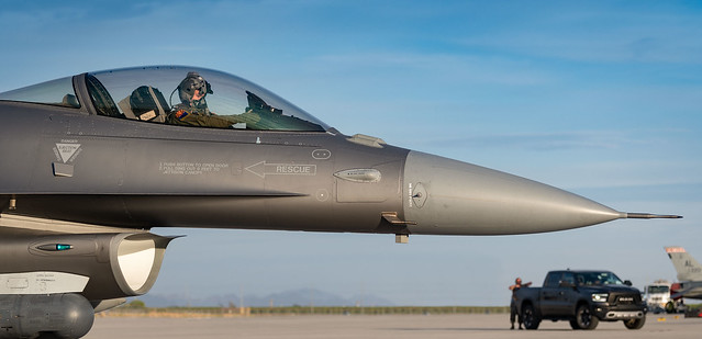 F-16C_SCY3639