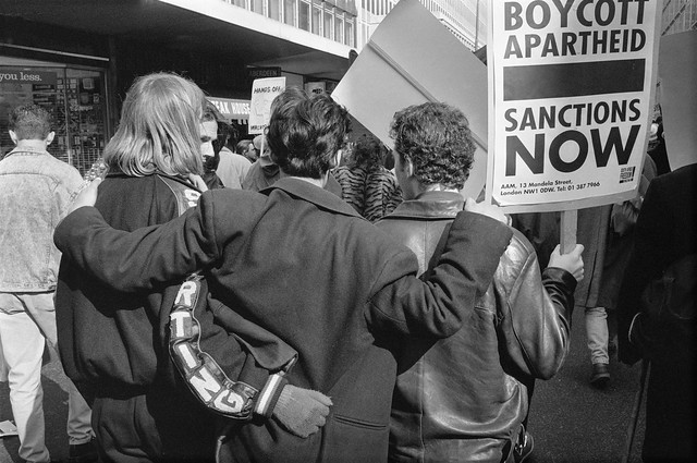 South Africa Freedom Now, March, Anti-Apartheid Movement, Westminster, 25/3/1990, 90-3k-32
