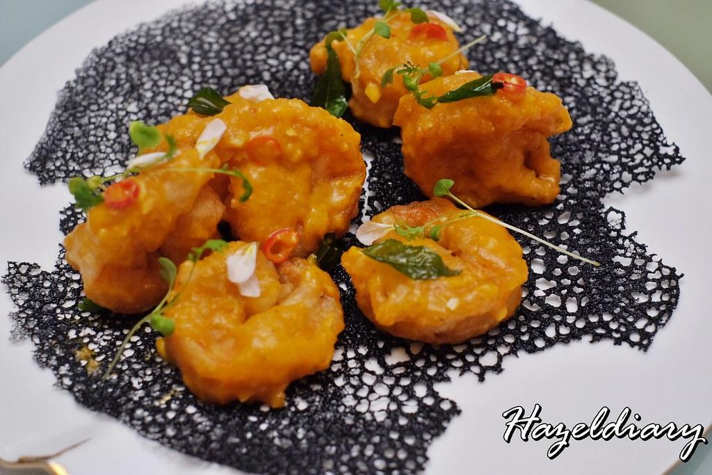 Crystal Jade Restaurants-Crispy Tiger King Prawn coated with Cereal and Pumpkin Sauce
