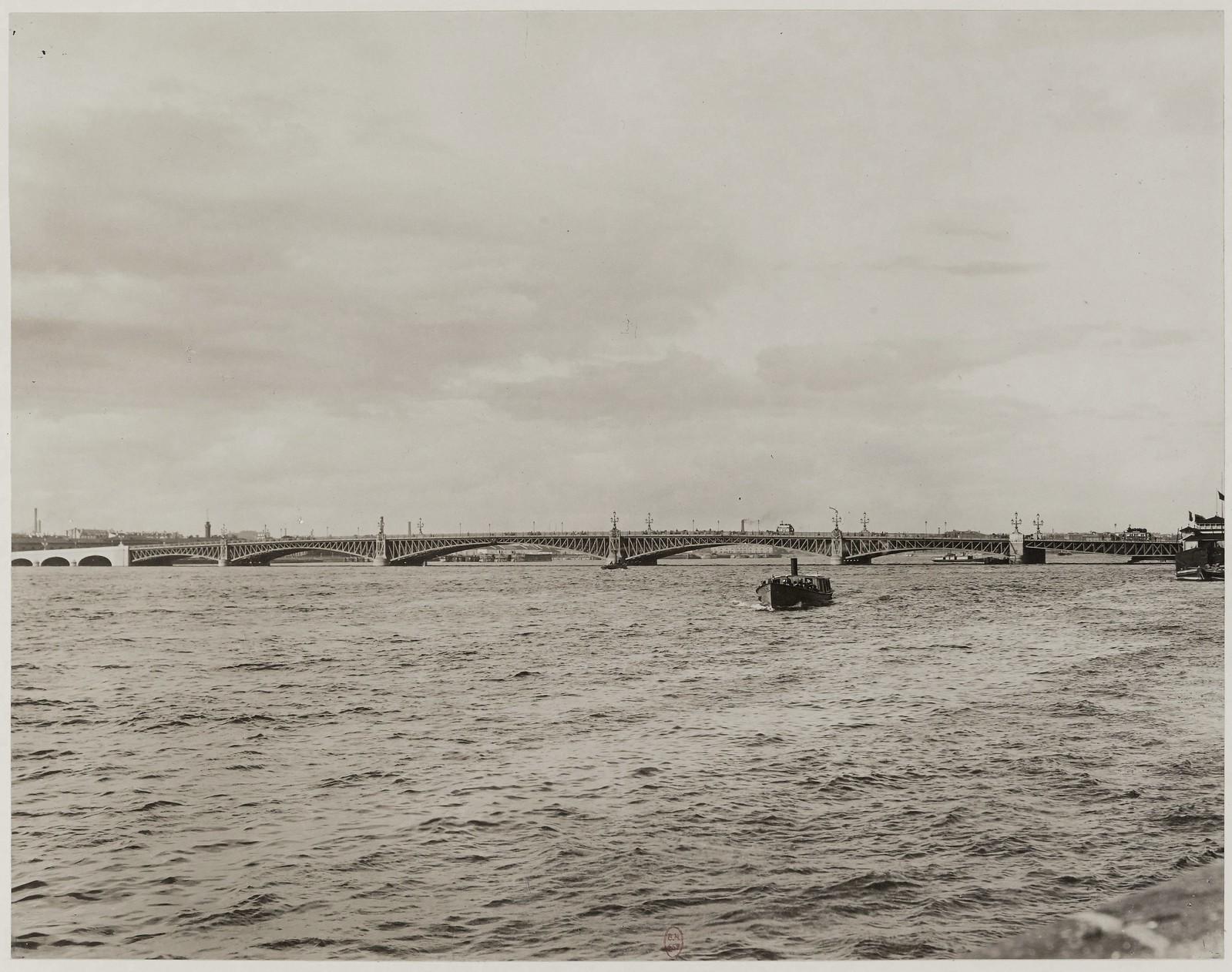 1903. Вид на Троицкий мост через Неву