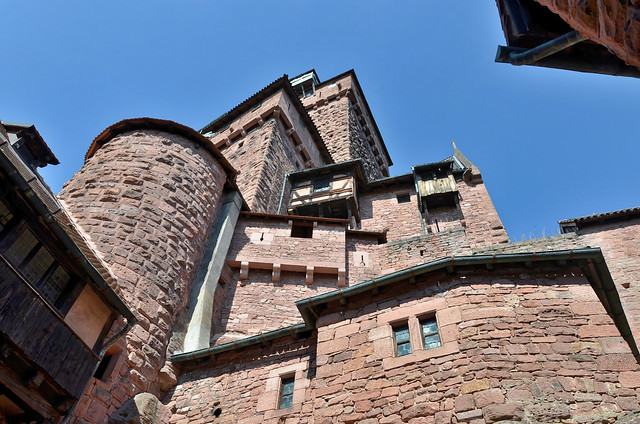 Château du Haut-Kœnigsbourg (Bas-Rhin) - Vue depuis la cour-basse