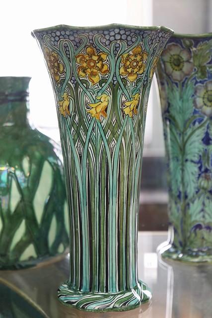 Vase (1900)