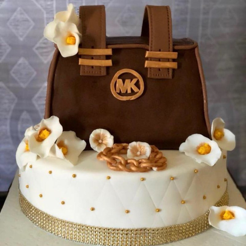 Cake by Mother & Daughter Treats