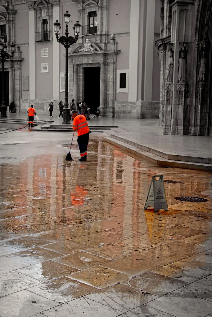 Coloring the streets