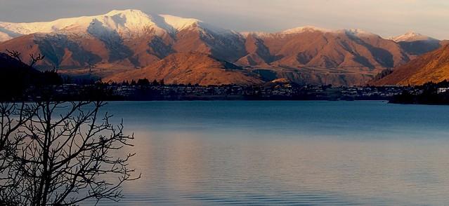 Lake Wakatipu, Queenstown.NZ