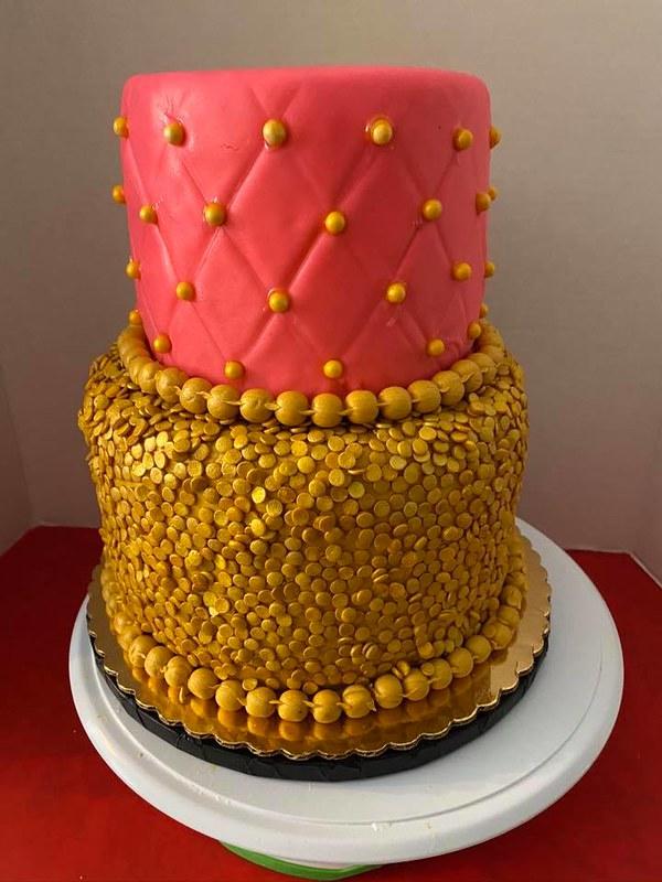 Cake by Devine Diva Desserts & Designs