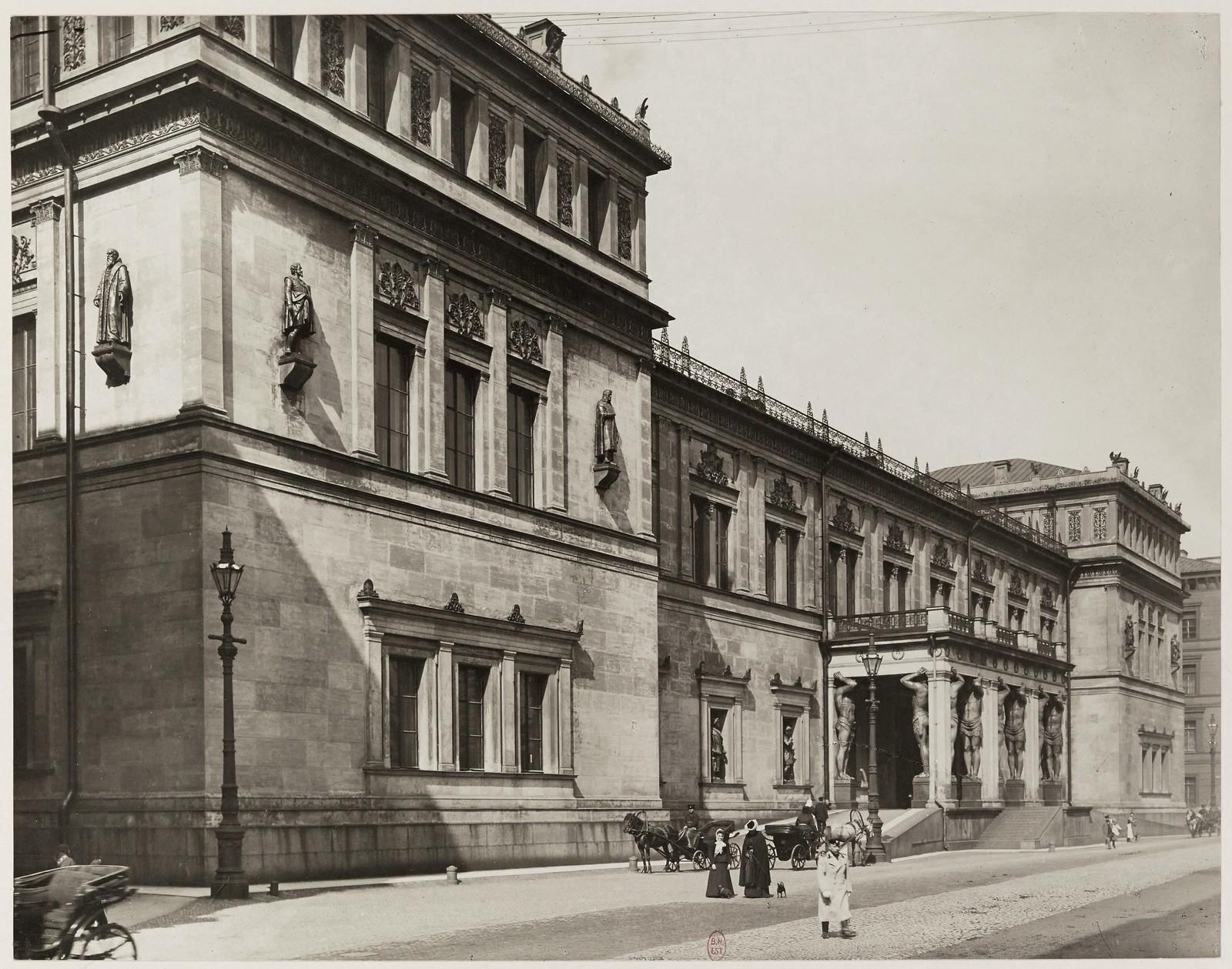 1903. Новый Эрмитаж