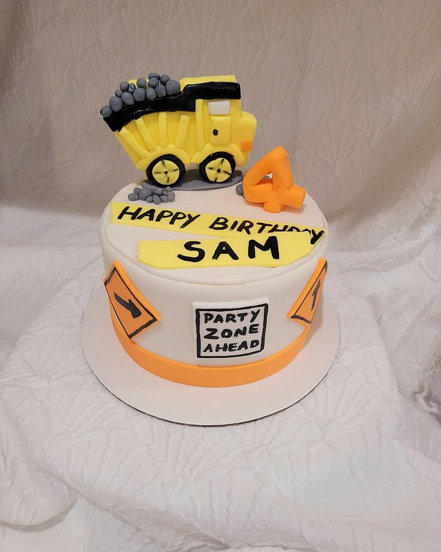 Cake by Canarsie Cupcakes