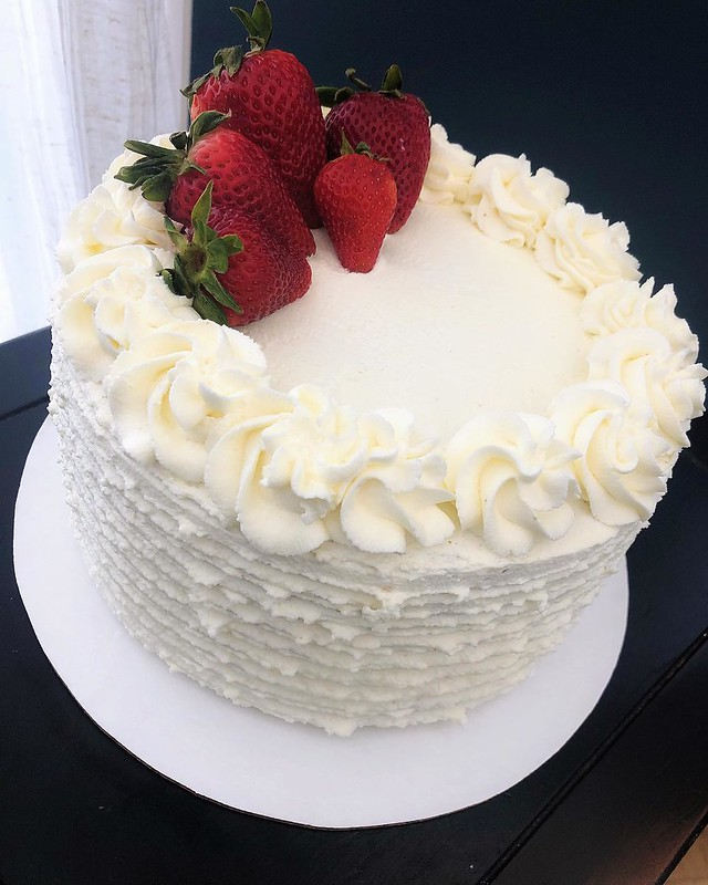 Cake by Sauceys Sweets