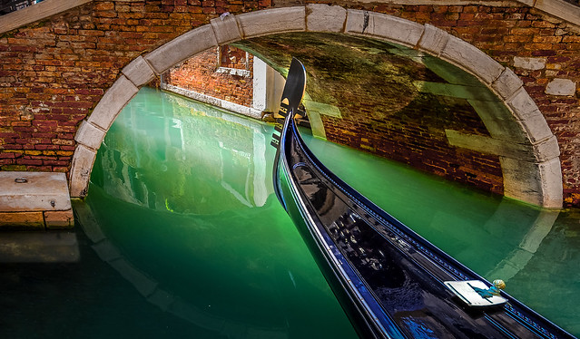 ***Gondola Bridge