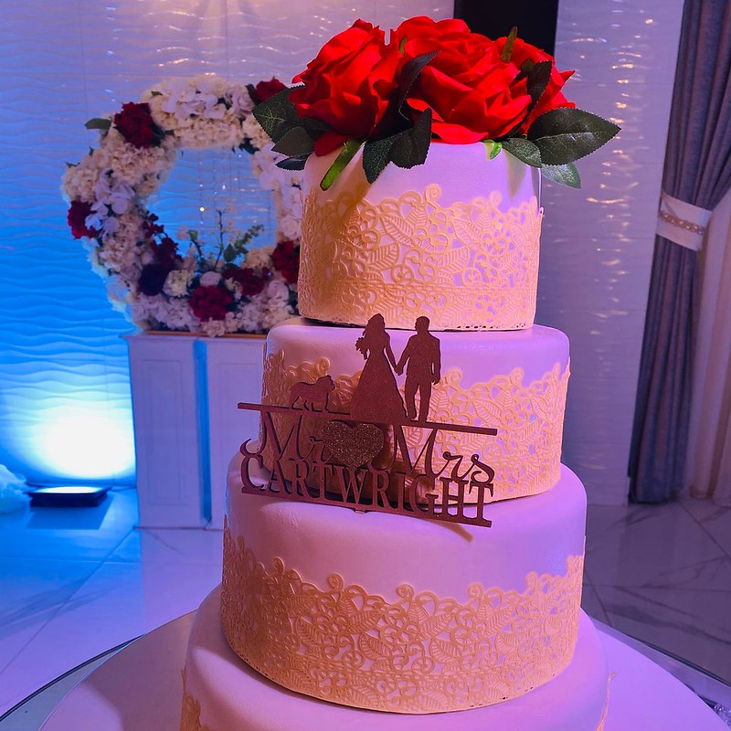 Cake by Sandra's Sweets