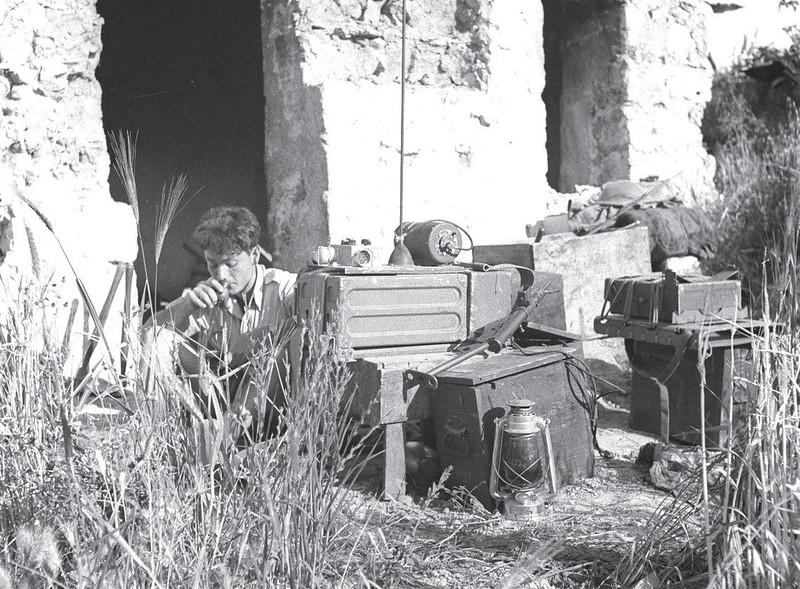 Radio-Wireless-no-19-migdal-tsedek-194807-70y-1