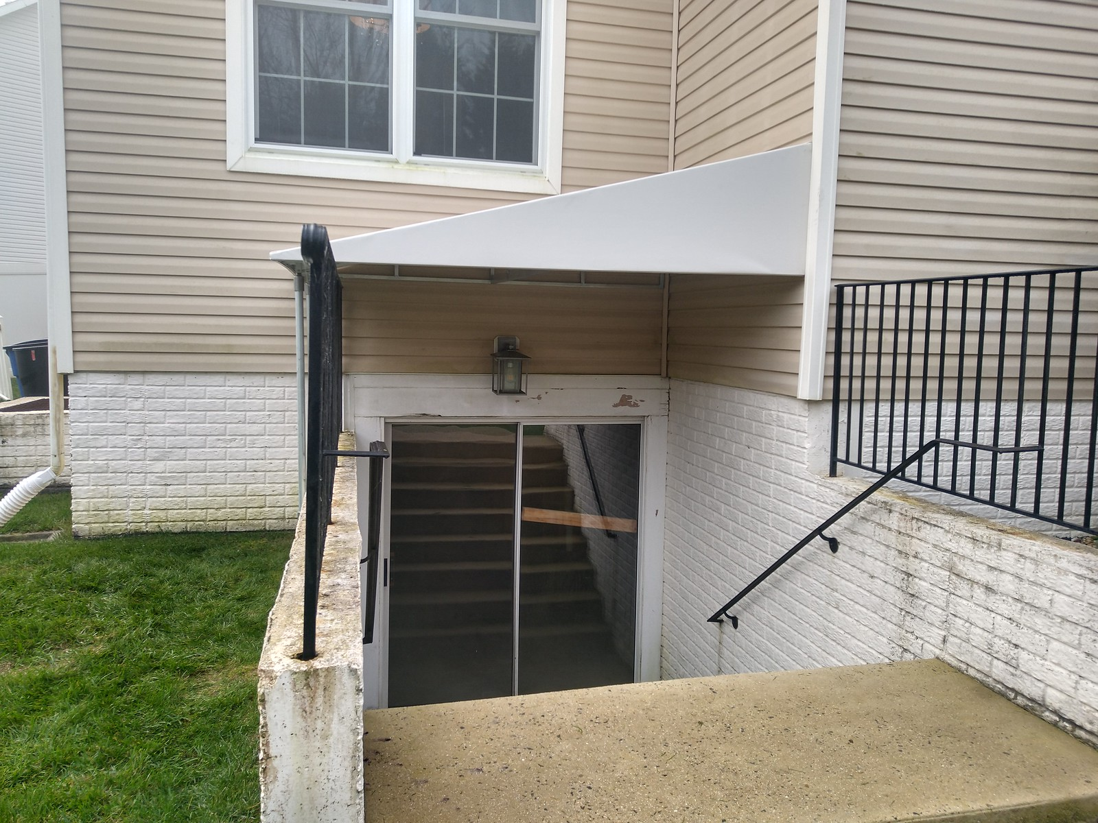 Stair-Well-Awning - Baltimore-Hoffman Awning