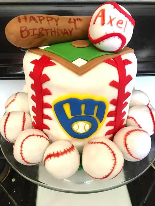 Cake by The Milwaukee Cupcake Lady