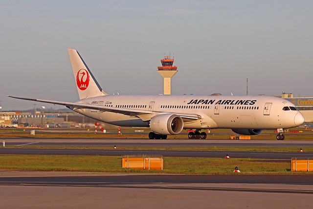Japan Airlines Boeing 787-946 JA861J FRA 23-04-21