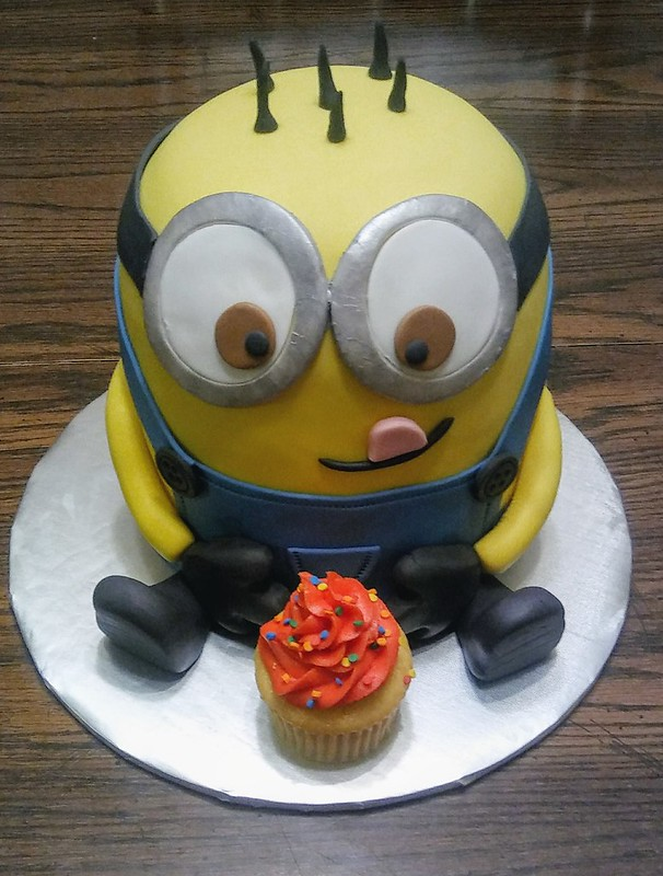 Minion Cake from Cakes By Jamie