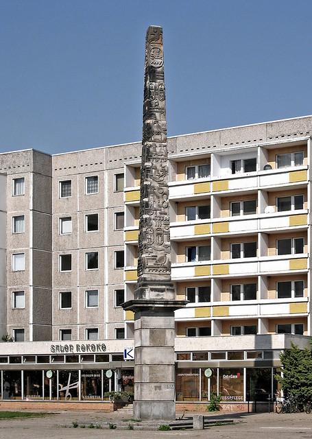 Potsdam - Obelisk Neustädter Tor