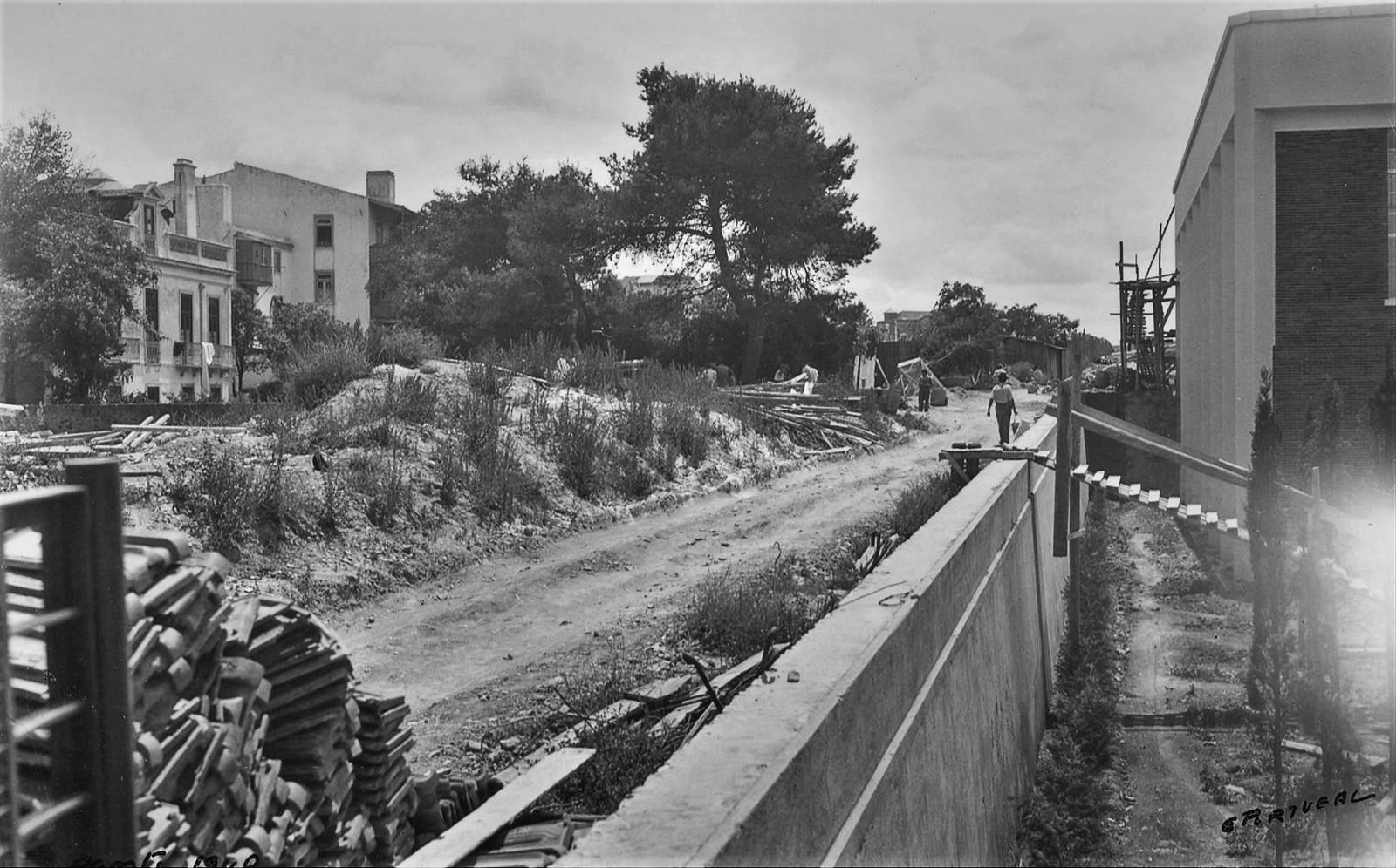 Casa da Moeda e R. de D.ª Filipa de Vilhena em construção, Arco do Cego (E. Portugal, 1940)