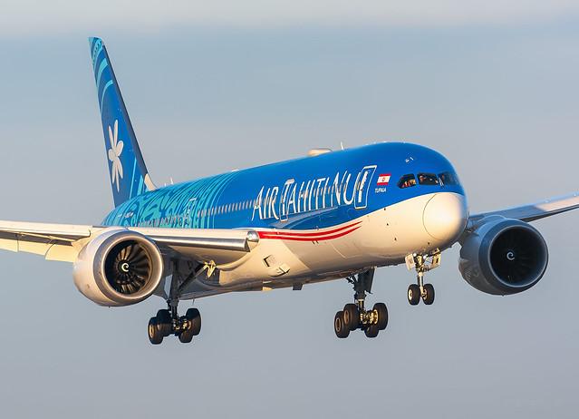 Boeing 787-9 Deamliner Air Tahiti Nui F-OMUA