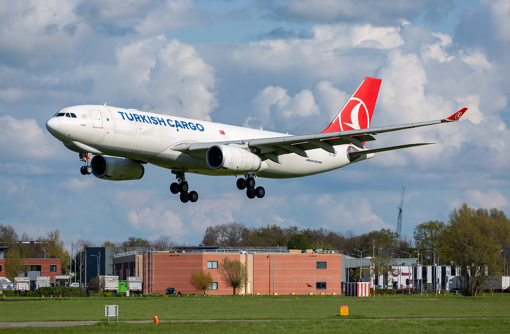 A330 | TC-JDP | AMS | 20210502