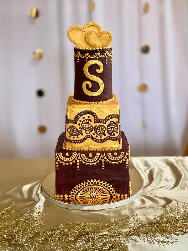 Cake by Cakes Around The Clock