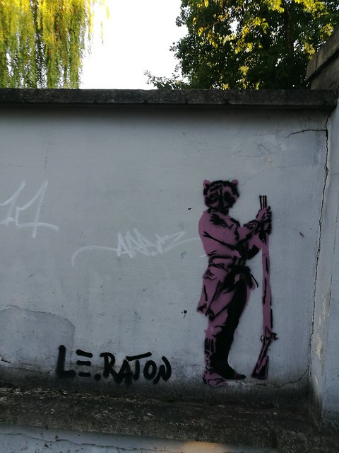 Le Raton, Szopy wartownicy