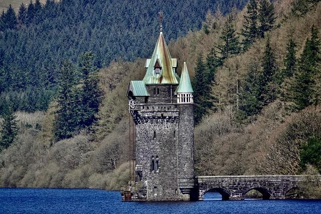 Straining Tower - Explore