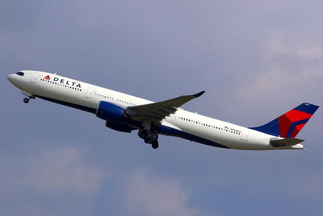 Delta Air Lines Airbus A330-941 N402DX