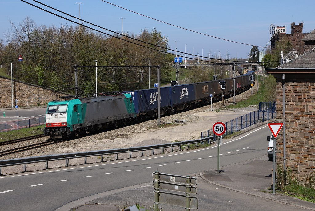 XRAIL/BLS   186 224 Argenteau 23/04/2021.
