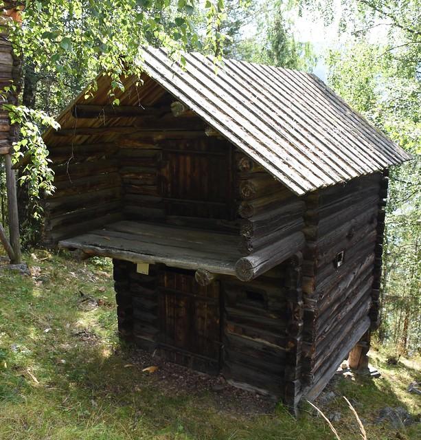Valdres folkemuseum: Stall fra Øvre Fristadplassen
