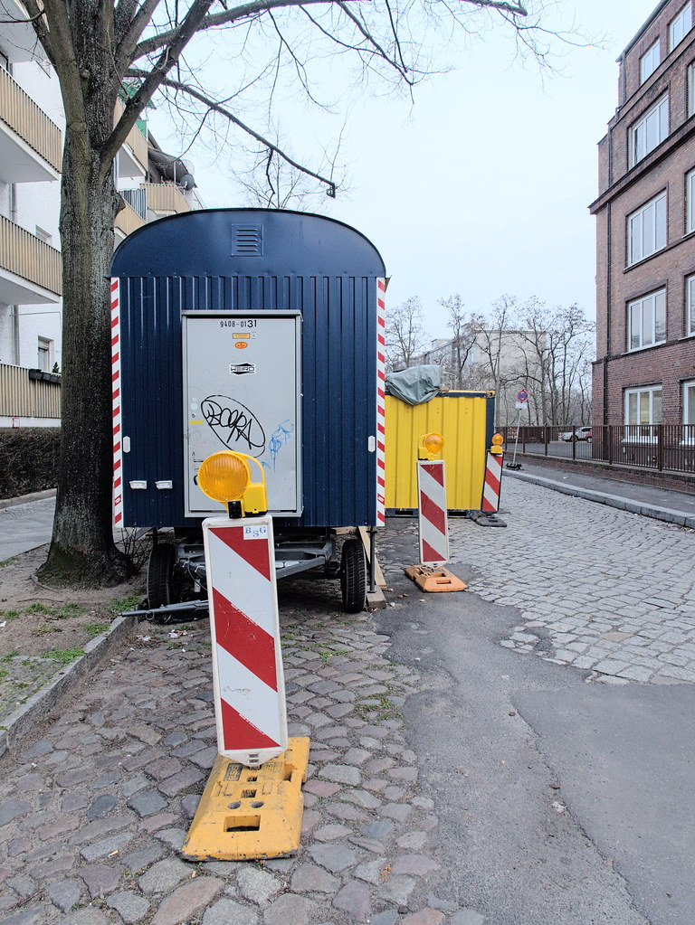 Mackenroder-Weg 03253599
