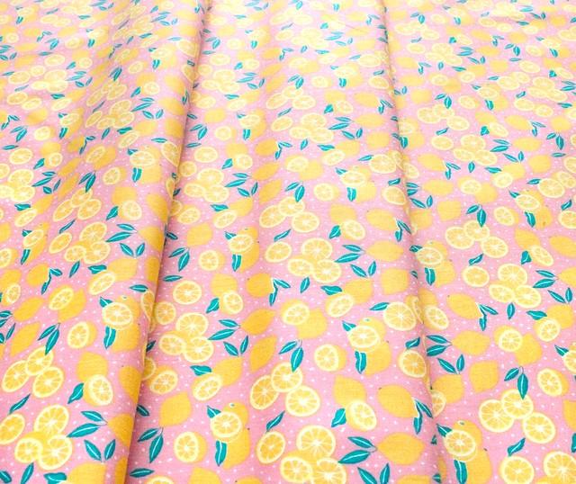 Camelot Fabrics Feelin' Fruity 30200208-2 Lemons Pink