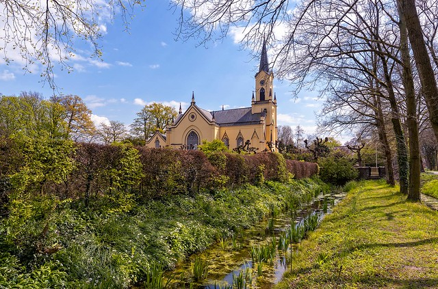 Neerijnen reformed Church