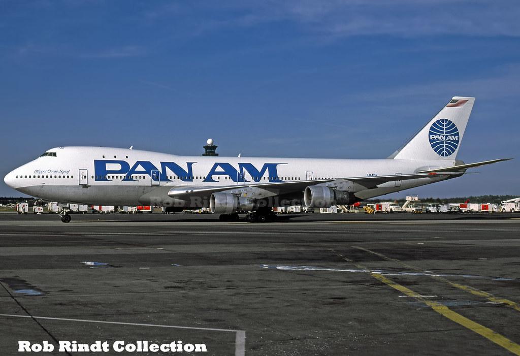 Pan American B747-121 N744PA