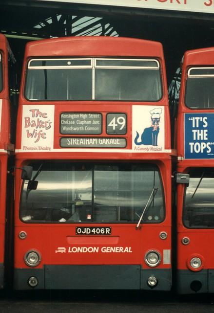 25 December 1989 Merton bus garage OJD406R