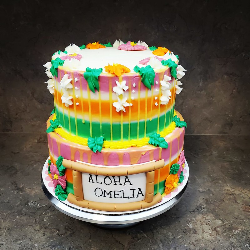 Cake by Wanna's Cakes & Cupcakes