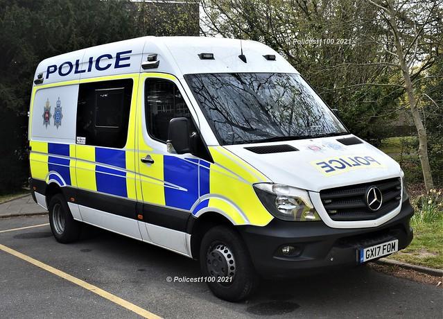 Sussex Police MB Sprinter GX17 FOM