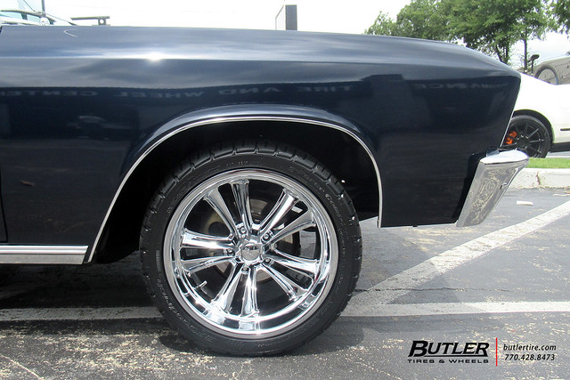 Chevy Chevelle with 18in Foose Knuckle Wheels and BFGoodrich Radial TA Tires
