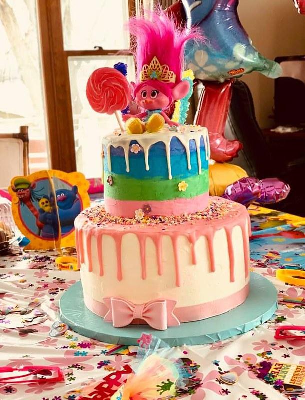 Cake from Cake Indulgence by Manda