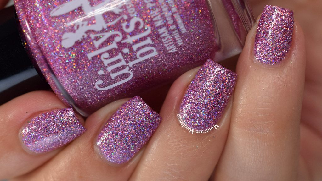 Girly Bits Trees A Crowd Swatch